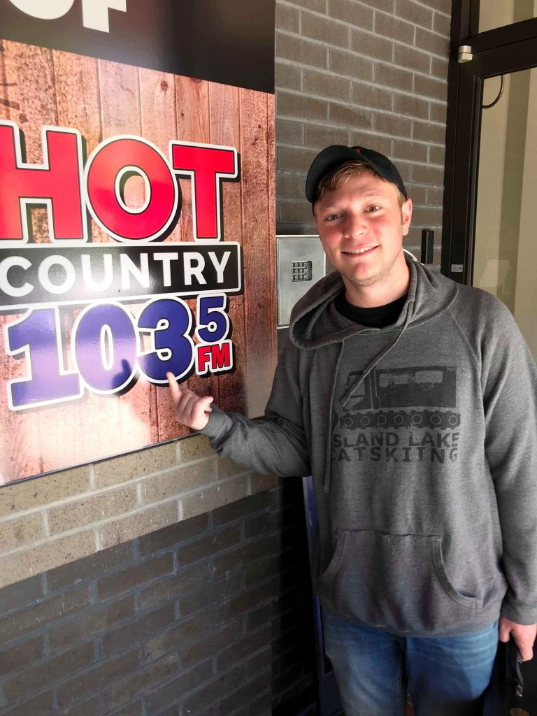 Hot Country 1035 country radio promotion